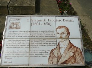 bastiat statue2_n